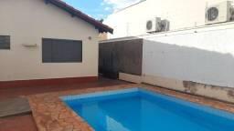 Aluga-se Casa com piscina, mobiliada, por temporada, em Campo Grande - MS