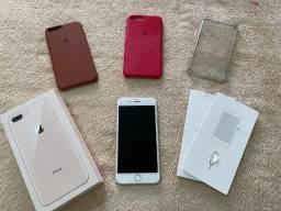 Título do anúncio: Iphone 8 Plus 64Gb branco + Capas + acessórios