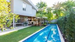 Título do anúncio: Sobrado MOBILIADO com 400m² de area construida, 4 suites plenas, piscina com raia de 20m