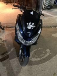 Título do anúncio: Vendo moto Honda PCX 2018
