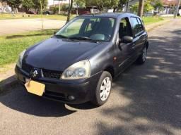 Clio authentique 1.0   2004