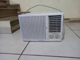 Eletrolux 7.500 BTU só R$250,00