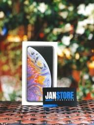 IPhone XS Max - 64GB Semi Novo Impecável