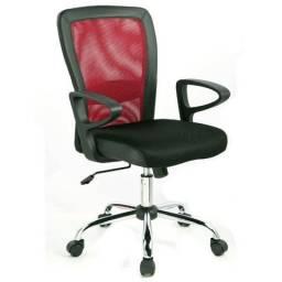 (Na caixa): cadeira de escritório da marca Finlandek com regulagem de altura