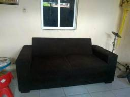 Sofa de 2 lugares grande com poucas marcas de uso