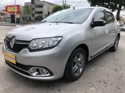 Renault Logan 2015 Automatico + GNV + unico dono + 67.000km =0km ac trocaa - 2015