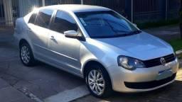 VW Polo Sedan ConfortLine 1.6 2012 Automático 57mil km, financio - 2012