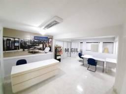 Espaçosa Casa Comercial, estacionamento interno p/ clientes, Cristo Rei - Curitiba