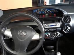 Toyota Etios 1.5 x sedan 16v flex 4p manual - 2014