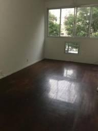 Aluga-se apartamento na Tavares de Macedo , por R$ 2.135,00
