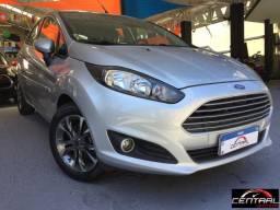 New Fiesta Hatch 1.6 MT 2017 10 mil kms