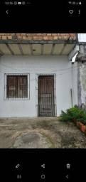Alugo boa casa próximo a Altamira