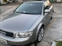 Audi A4 sedã Top *