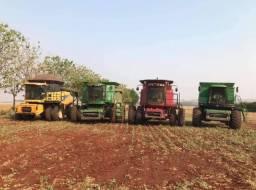 Vendo 4 colheitadeiras usadas por 2.000.000
