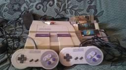 Super Nintendo + 2 Controles + 4 Jogos