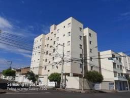 Apartamento Bairro Santa Mônica - Próximo ao Supermercado Leal