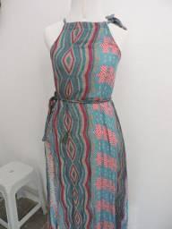 Vestido longo com faixa