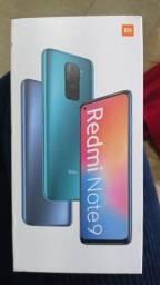 Vendo celular semi novo
