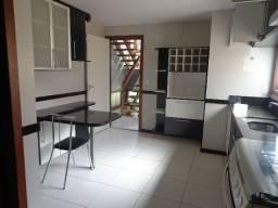 Oportunidade, linda casa com 3 suítes, condomínio nobre. Valor reduzido. Cód : 0375