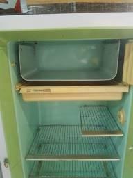 Vendo geladeira Prosdocimo Vintage