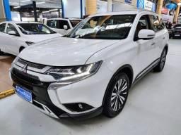 Mitsubishi Outlander HPES 2.2 Diesel Branco 2021 (7 Lugares / Teto Solar)
