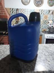 Vendo garrafão térmico Invicta 5 litros