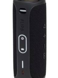 Caixa de Som Bluetooth Charge 4 JBL JBLCHARGE4BLK 30W à Prova d´água IPX7