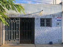 Título do anúncio: Casa para venda possui 110 metros quadrados com 3 quartos