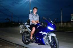 Vende-se Yamaha R3 2020/21 estado de nova