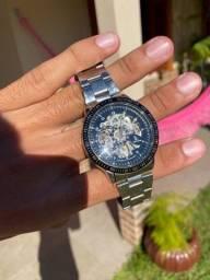 Relógio mecânico