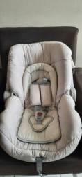 Bebê conforto usado.