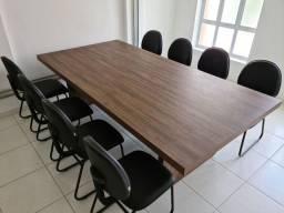 Mesa de escritório  e 8 cadeiras