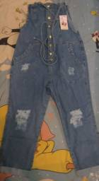 Macacão jeans novo na etiqueta tamanho 44