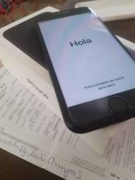 iPhone 7 de 32GB sem detalhes
