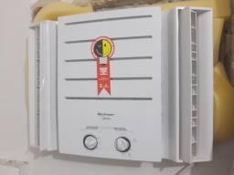 Título do anúncio: ar condicionado semi novo