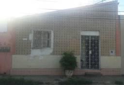 Vendo casa em Vitória de Santo Antão