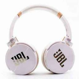 Headphone Sem Fio (Rádio FM - JB950) e Microfone - Frete Grátis!
