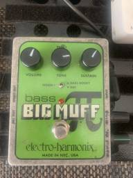 Pedal Bass fuzz big muff cartao