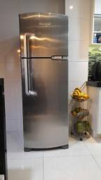 Geladeira Brastemp inox Clean 375l frost free
