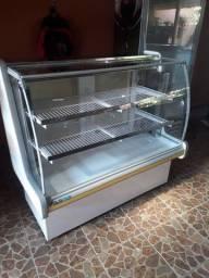 Vendo Pista fria pra bolos e doces de 1.50 metrô marca Polo frio