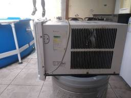 Título do anúncio: Ar condicionado de janela consul eletrônico 10.000 mil btus