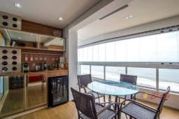 Título do anúncio: Lindo apartamento de frente para o mar, lazer completo