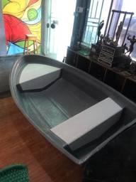 Barco ou bote de apoio