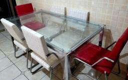 Título do anúncio: Mesa de vidro com 6 cadeiras de couro