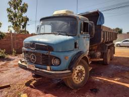 Caminhão caçamba trukc