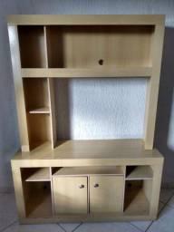 Uma estante