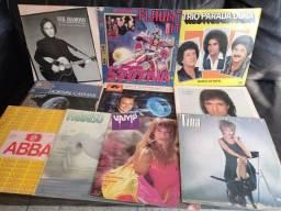 Título do anúncio: Vinil Promoção - Dez LPs por 77 reais - Tina Turner, Dorival Caymmi, Neil Diamond e mais!