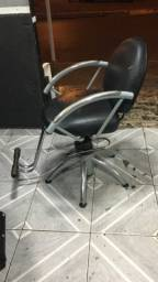 Título do anúncio: Cadeira para barbearia ou salão