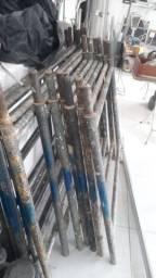 Vendo 20 Andaimes tubular de 1 por e meio por 1600 Reais.
