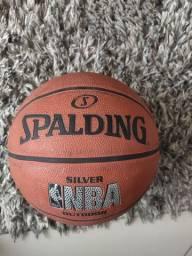 Título do anúncio: Bola de basquete Spalding NBA